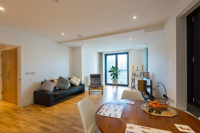1 bedroom(s) apartment to sale in River Mill One, Station Road, Lewisham-image 8