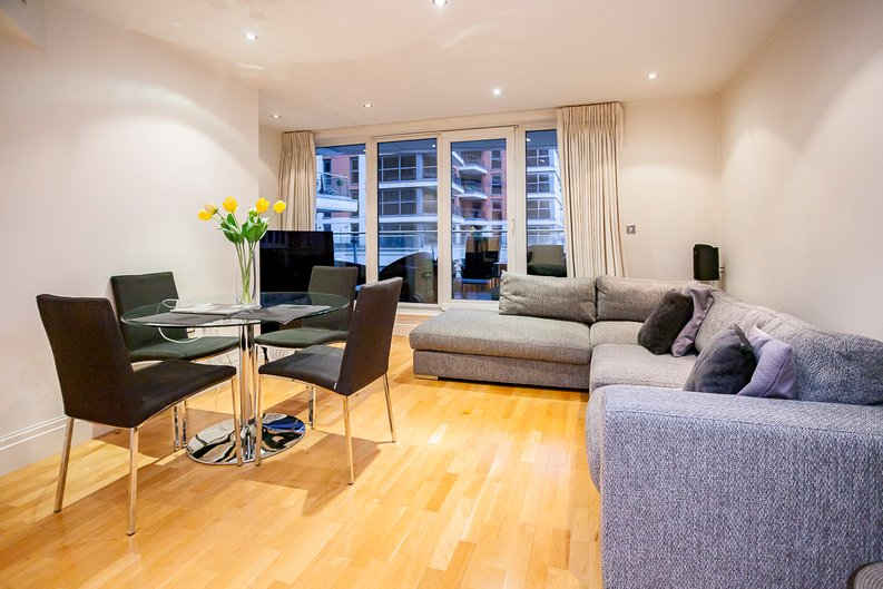 2 bedroom(s) apartment to sale in Chelsea Vista, Imperial Wharf, Fulham-image 11