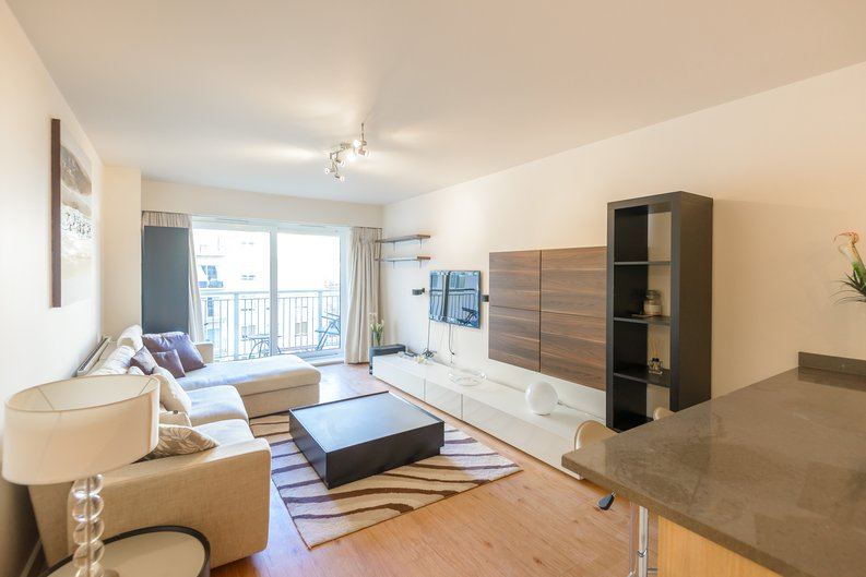 1 bedroom(s) to sale in Boulevard Drive, London-image 1