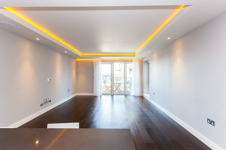 2 bedroom(s) apartment to sale in Brunswick House, Fulham Reach, Hammersmith-image 1