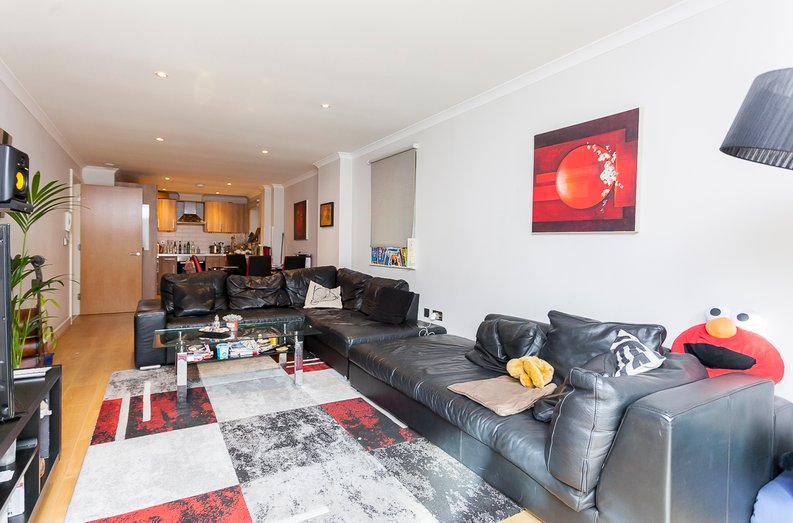 3 bedroom(s) apartment to sale in Edge Apartments, Lett Road, Stratford , London-image 6