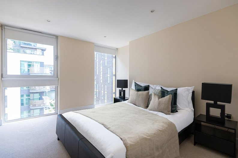 1 bedroom(s) apartment to sale in Cobalt Point, Millharbour, Canary Wharf, London-image 3