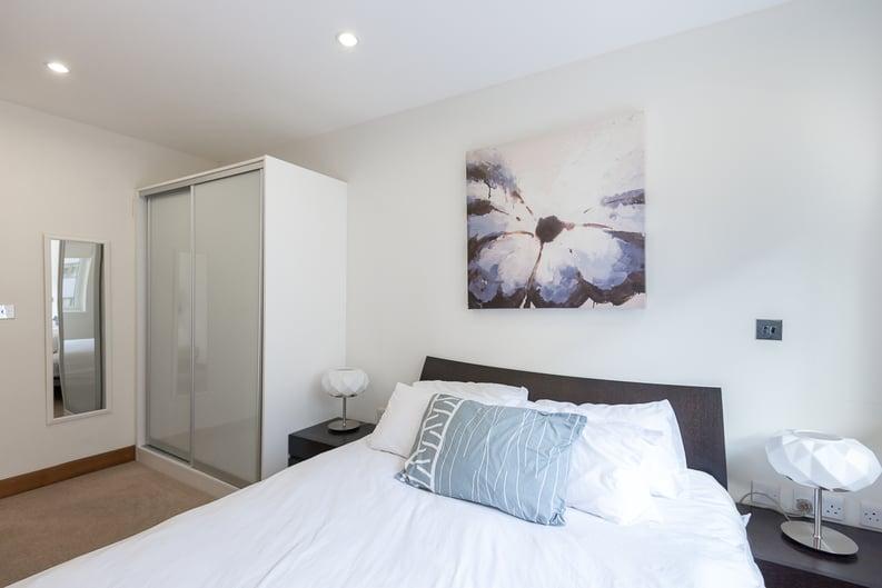 1 bedroom(s) apartment to sale in Lanson Building, 348 Queenstown Road, Battersea-image 4