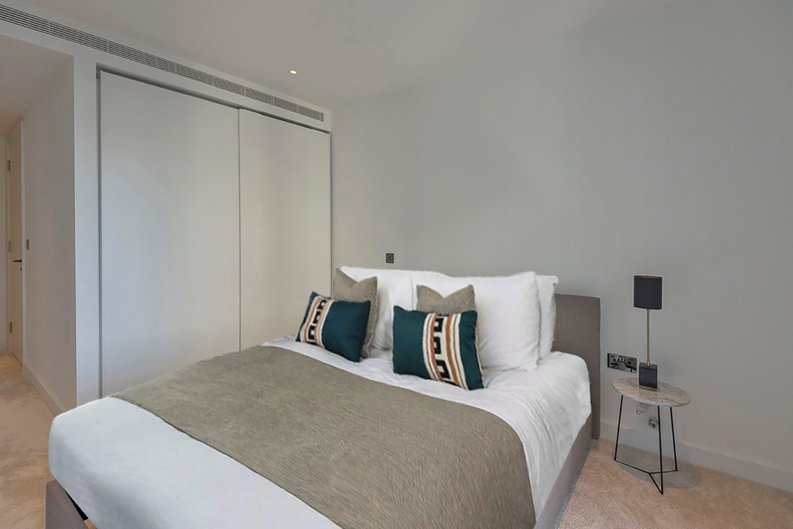 2 bedroom(s) apartment to sale in Fountain Park Way, White City, London-image 8