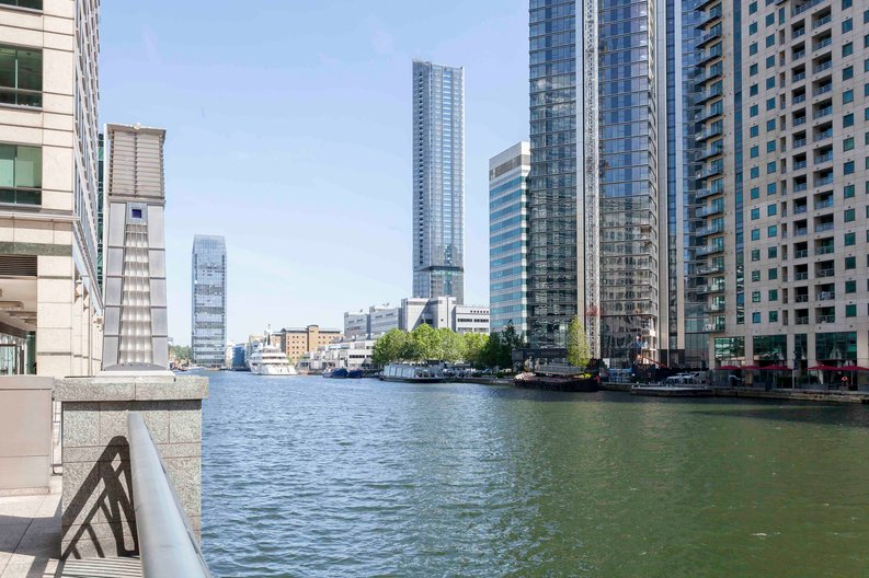 1 bedroom(s) apartment to sale in The Madison, Marsh Wall, Canary Wharf-image 1