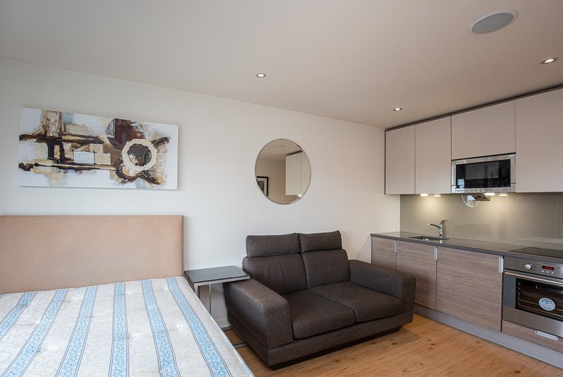 1 bedroom(s) apartment to sale in Curtiss House, 27 Heritage Avenue, Beaufort Park, Colindale-image 8