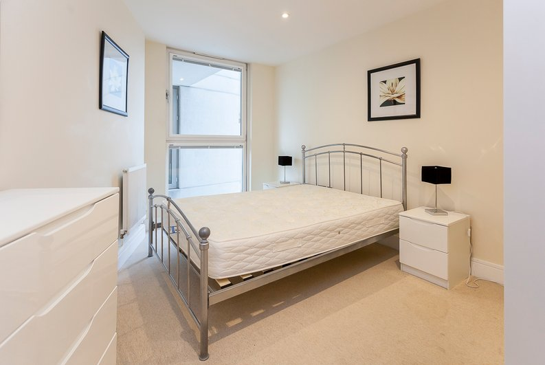 1 bedroom(s) apartment to sale in Cobalt Point, Lanterns Court, Millharbour, Canary Wharf, London-image 6