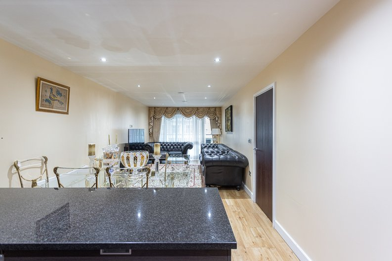 2 bedroom(s) apartment to sale in Boulevard Drive, London-image 20