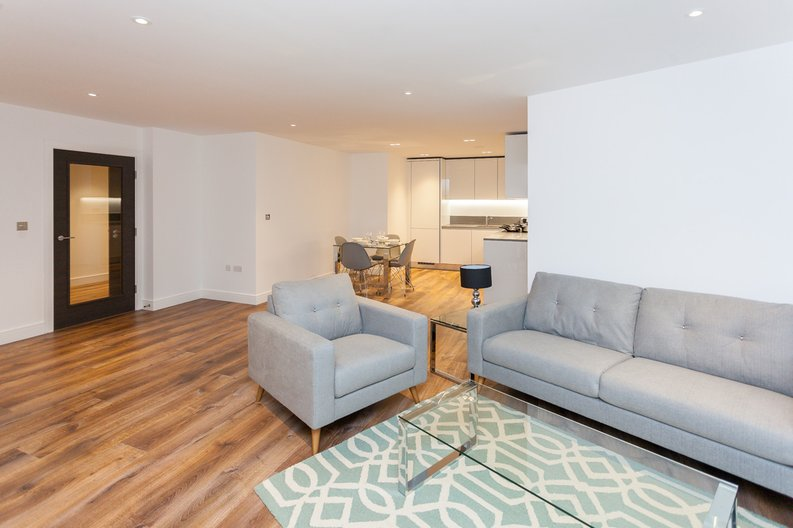 1 bedroom(s) apartment to sale in Quartz House, Dickens Yard, 12 New Broadway, London-image 1
