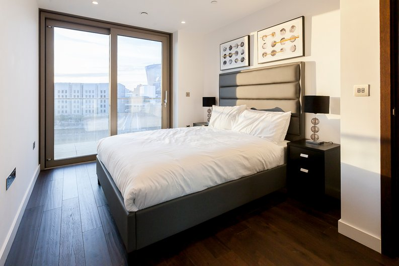 1 bedroom(s) apartment to sale in Rosemary Place, 85 Royal Mint Street, Tower Hill, London-image 2