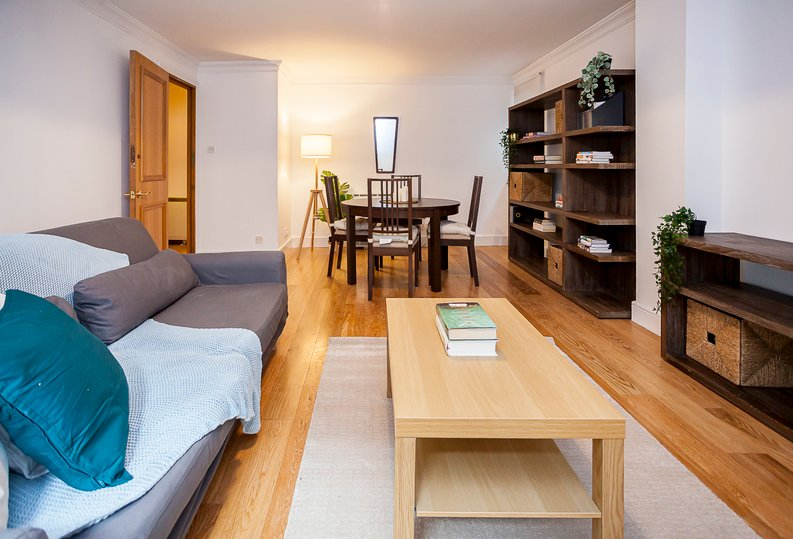 2 bedroom(s) apartment to sale in Scotts Sufferance Wharf, 5 Mill Street, Bermondsey-image 4