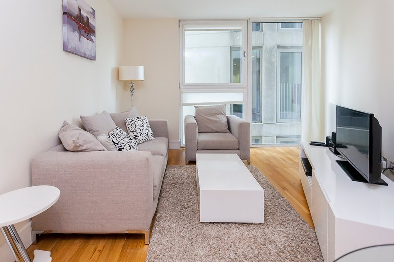 1 bedroom(s) apartment to sale in Cobalt Point, Lanterns Court, Millharbour, Canary Wharf-image 3