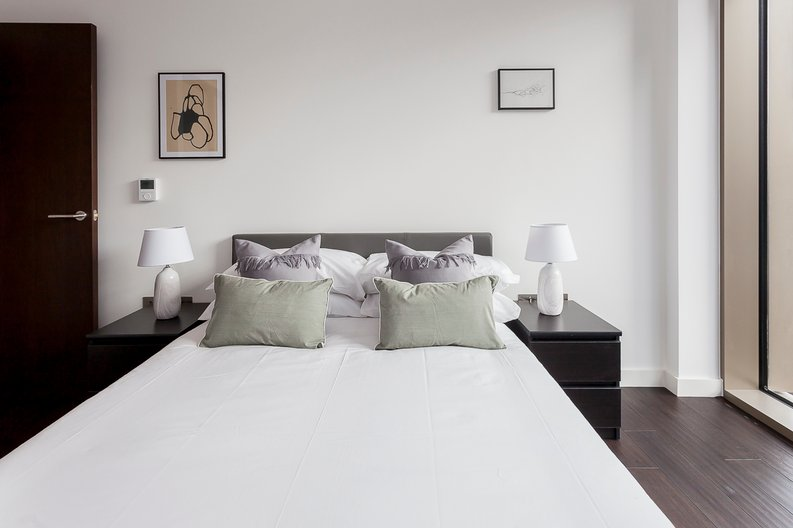 2 bedroom(s) apartment to sale in Rosemary Place, 85 Royal Mint Street, Tower Hill, London-image 13