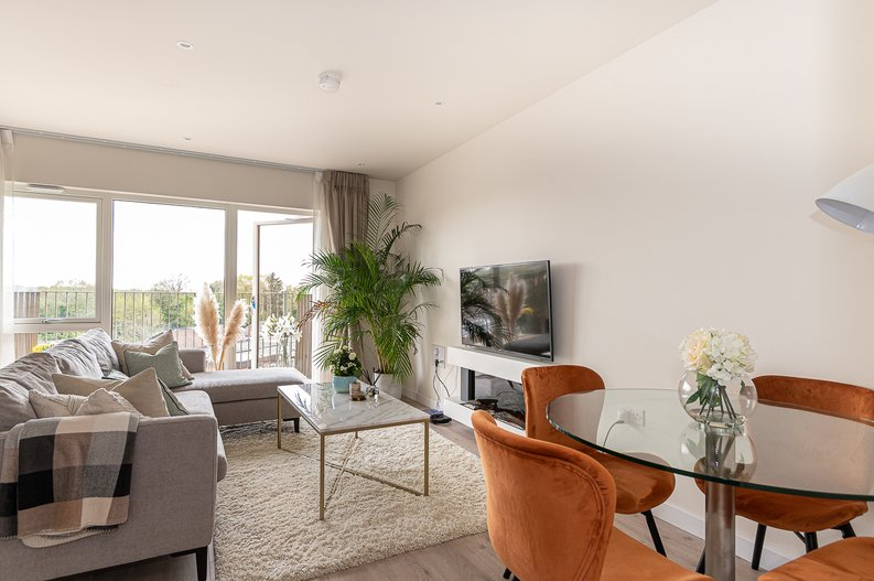 1 bedroom(s) apartment to sale in Yarrow Apartments, 82 Bittacy Hill, Millbrook Park, Mill Hill, London-image 9