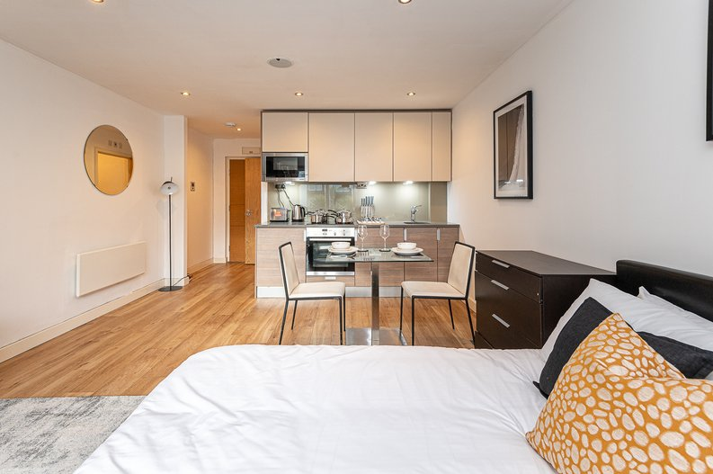 1 bedroom(s) apartment to sale in Croft House, 21 Heritage Avenue, Beaufort Park, Colindale-image 6
