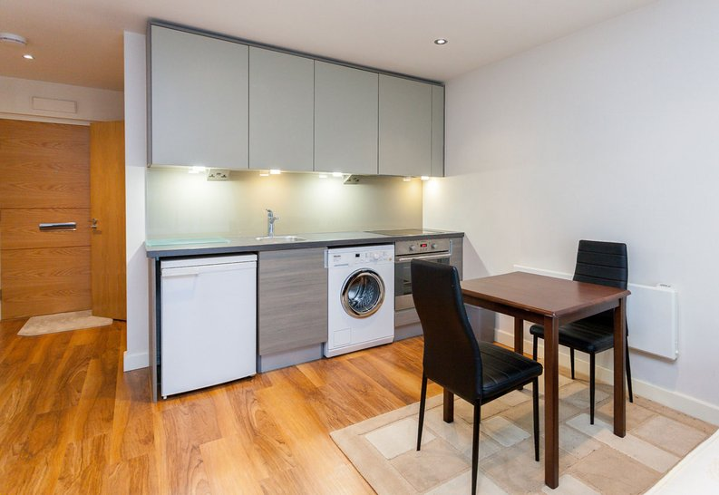 1 bedroom(s) apartment to sale in Curtiss House, Heritage Avenue, Beaufort Park, Colindale-image 1