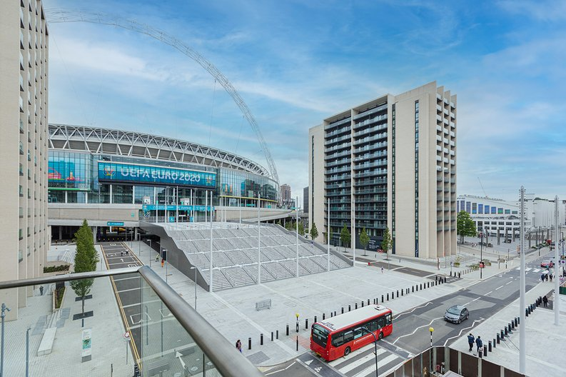 3 bedroom(s) apartment to sale in Olympic Way, Wembley, Greater London, London-image 7