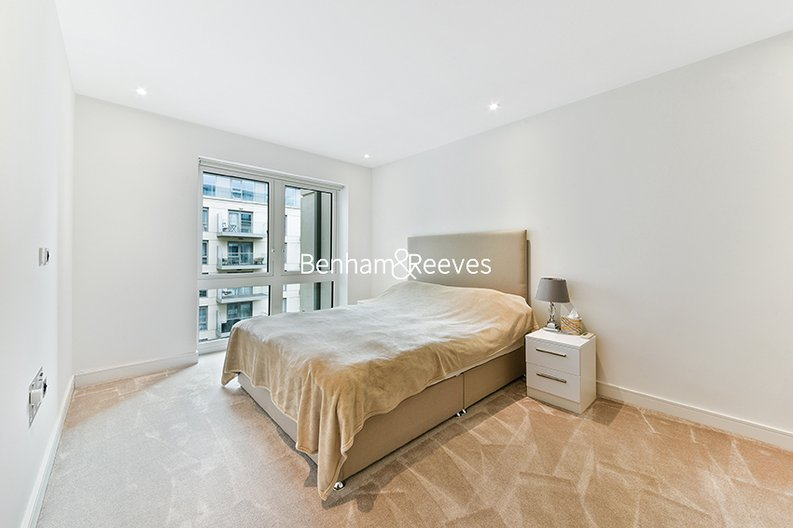 2 bedroom(s) apartment to sale in Faulkner House, Fulham Reach, Hammersmith-image 5