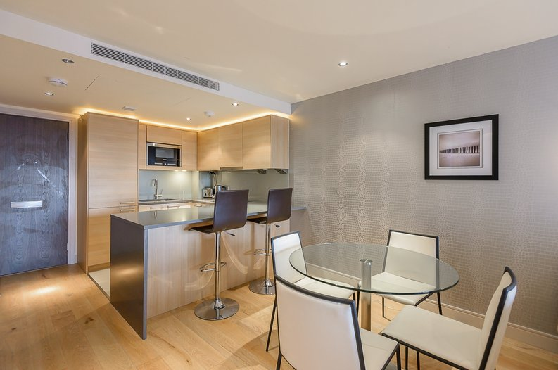 1 bedroom(s) apartment to sale in Octavia House, Townmead Road, Fulham-image 3