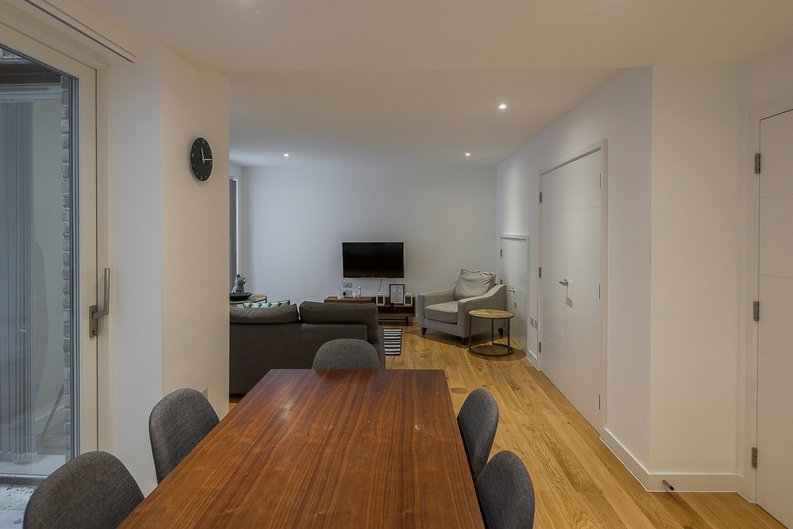 3 bedroom(s) house to sale in Hand Axe Yard, Kings Cross, London-image 9