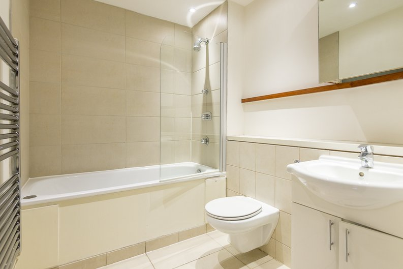 1 bedroom(s) apartment to sale in Peninsula Apartments, Praed Street, London-image 5