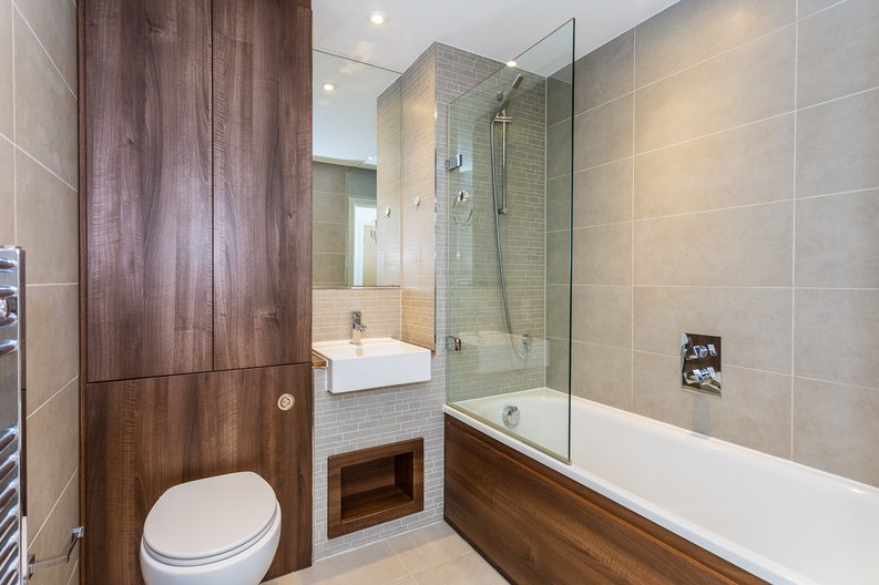 2 bedroom(s) apartment to sale in Waterside Apartments, Woodberry Down, Manor House-image 11