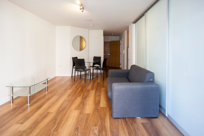 Studio apartment to sale in Ascent House, 12 Boulevard Drive, Beaufort Park , London-image 14