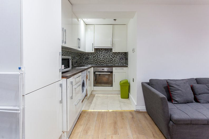 3 bedroom(s) apartment to sale in Park West, Edgware Road, Hyde Park, London-image 6