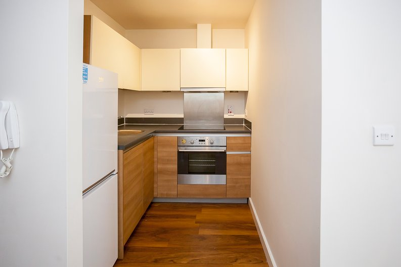 Studio apartment to sale in Ascent House, 12 Boulevard Drive, Beaufort Park , London-image 11