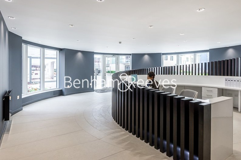 1 bedroom(s) apartment to sale in Heritage Place, Greater London, Brentford-image 14