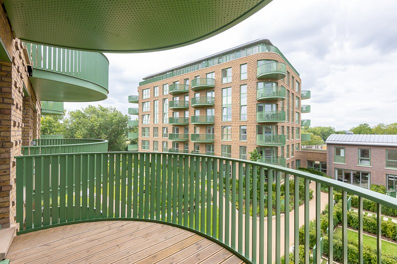 1 bedroom(s) apartment to sale in Maltby House, 2 Ottley Drive, London-image 7