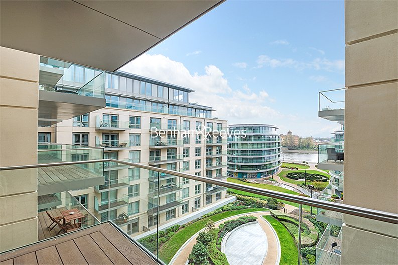 2 bedroom(s) apartment to sale in Faulkner House, Fulham Reach, Hammersmith-image 1