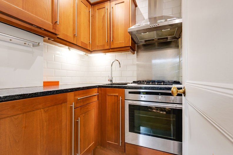 1 bedroom(s) apartment to sale in South End Road, Hampstead, London-image 7
