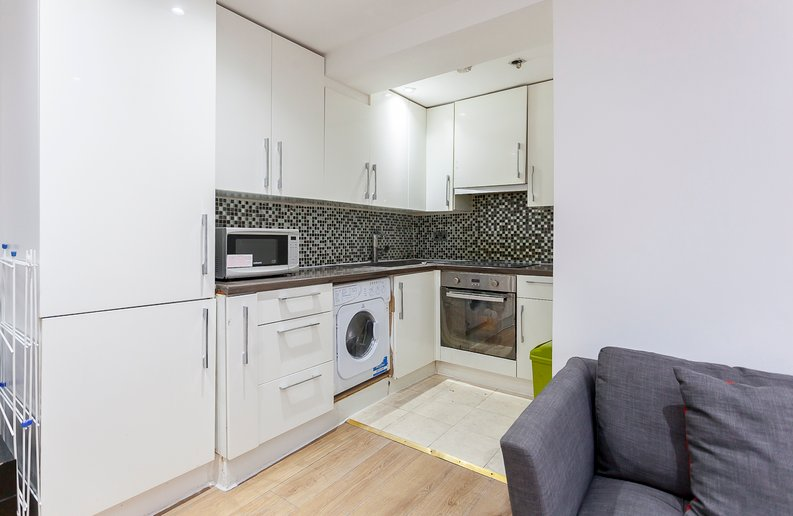 3 bedroom(s) apartment to sale in Park West, Edgware Road, Hyde Park, London-image 2
