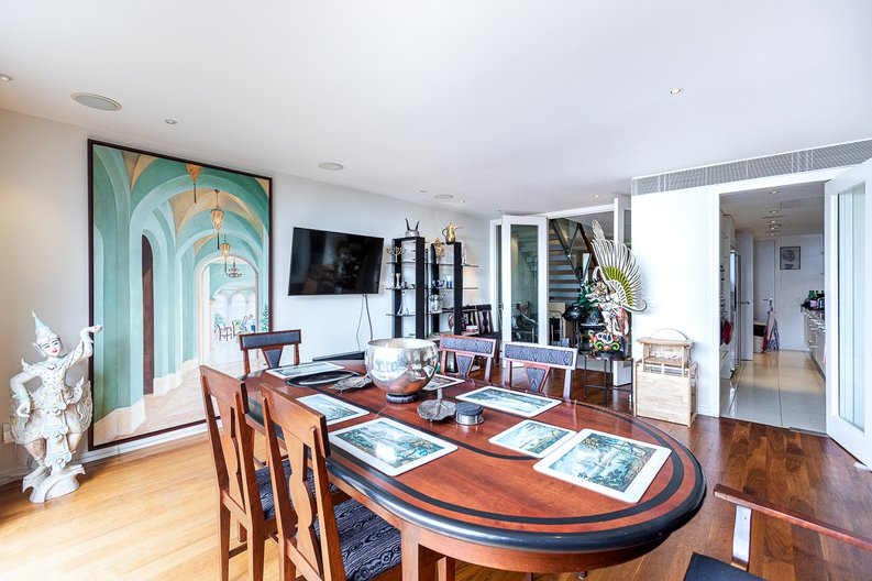 3 bedroom(s) apartment to sale in Cromwell Road, South Kensington, London-image 11