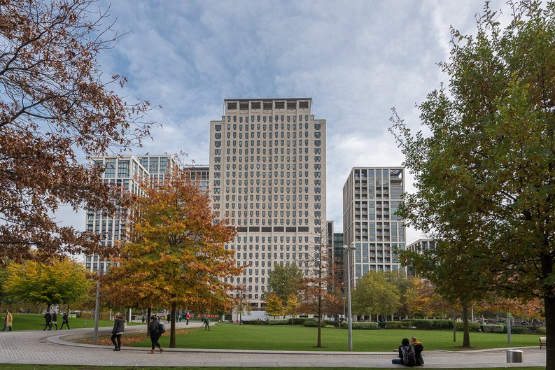 2 bedroom(s) to sale in One Casson Square, Southbank Place, Waterloo-image 4