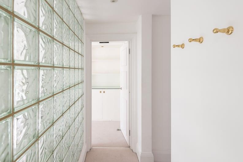 2 bedroom(s) apartment to sale in Eldon Grove, Hampstead, London-image 7