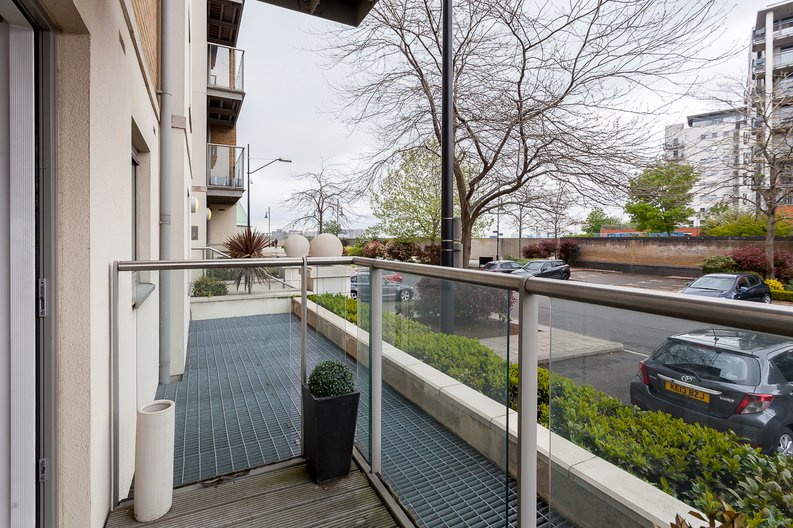 2 bedroom(s) apartment to sale in Building 50, Argyll Road, Royal Arsenal Riverside, London-image 3