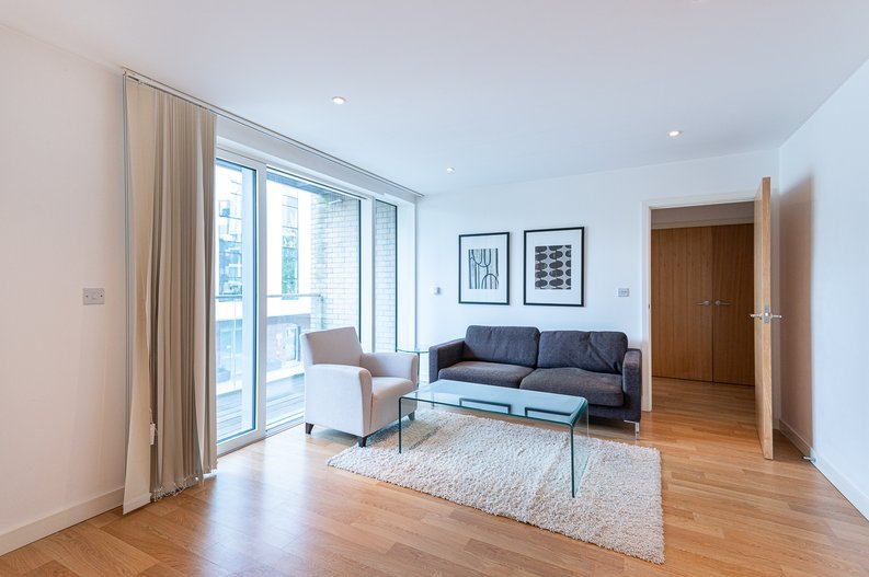 1 bedroom(s) apartment to sale in Waterside Apartments, Goodchild Road, Woodbury Down, London-image 7