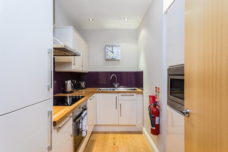 1 bedroom(s) apartment to sale in Wexner Building, 2 Strype Street, Spitalfields-image 5