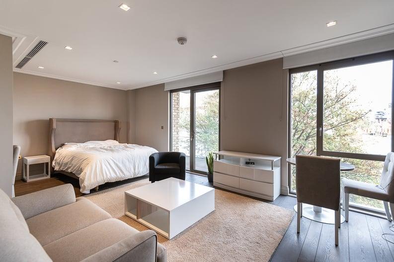 1 bedroom(s) apartment to sale in Queens Wharf, Crisp Road, Hammersmith-image 3