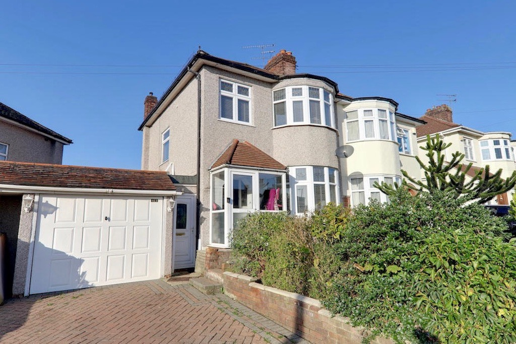 Pyrles Lane, Loughton, Essex