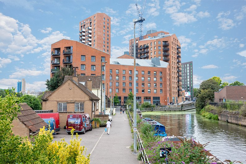 2 bedroom(s) apartment to sale in Gillender Street, Bow Creek-image 1