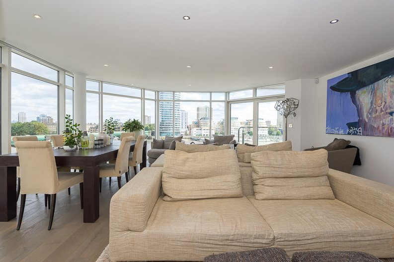3 bedroom(s) apartment to sale in Riverside Tower , Imperial Wharf , London-image 5