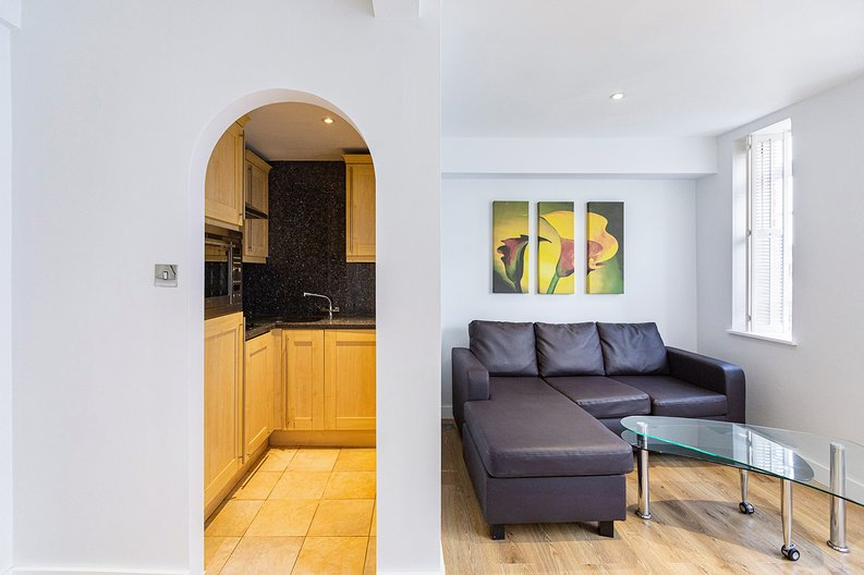 1 bedroom(s) apartment to sale in Chelsea Cloisters, Sloane Avenue, Chelsea-image 11