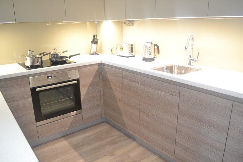 1 bedroom(s) apartment to sale in Chapman House, 24 Aerodrome Road, Beaufort Park, London-image 5