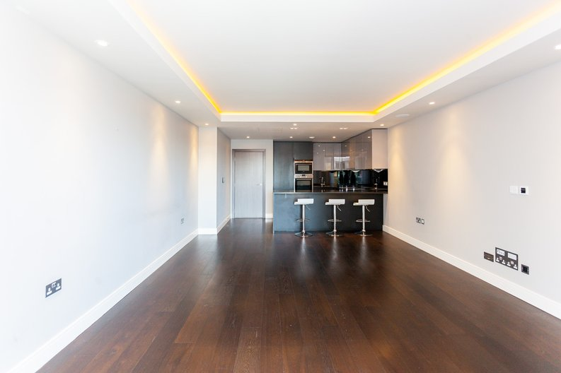 2 bedroom(s) apartment to sale in Brunswick House, Parr's Way, Fulham-image 2