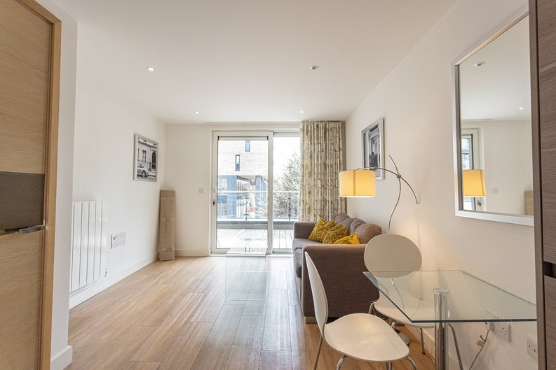 1 bedroom(s) apartment to sale in Seafarer Way, Surrey Quays, London-image 13