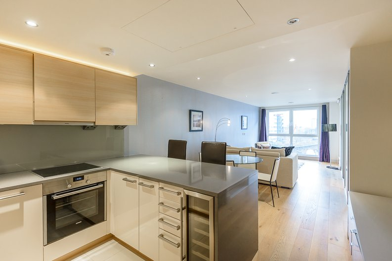 1 bedroom(s) apartment to sale in Octavia House, Townmead Road, Fulham-image 1