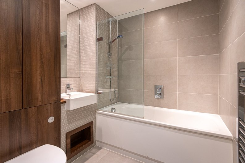 1 bedroom(s) apartment to sale in Goodchild Road, Woodbury Down, London-image 8